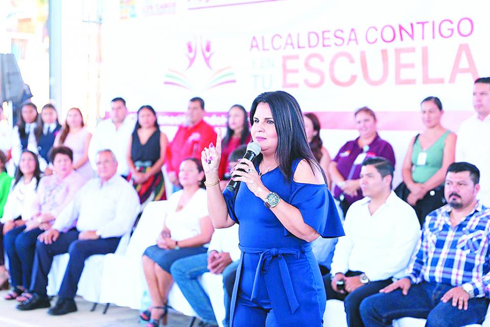 Continuarán para el 2020 programas Caravana de la Salud y Alcaldesa  en tu Escuela, se reforzará la atención en lo social: Armida Castro