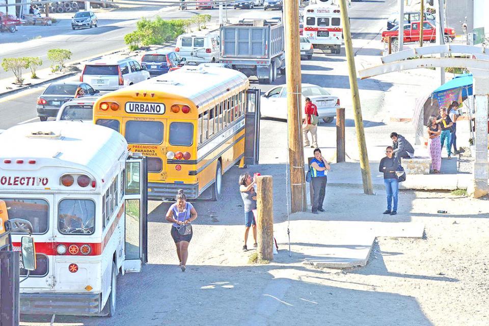 Transporte urbano y colectivo no se suspenderá.