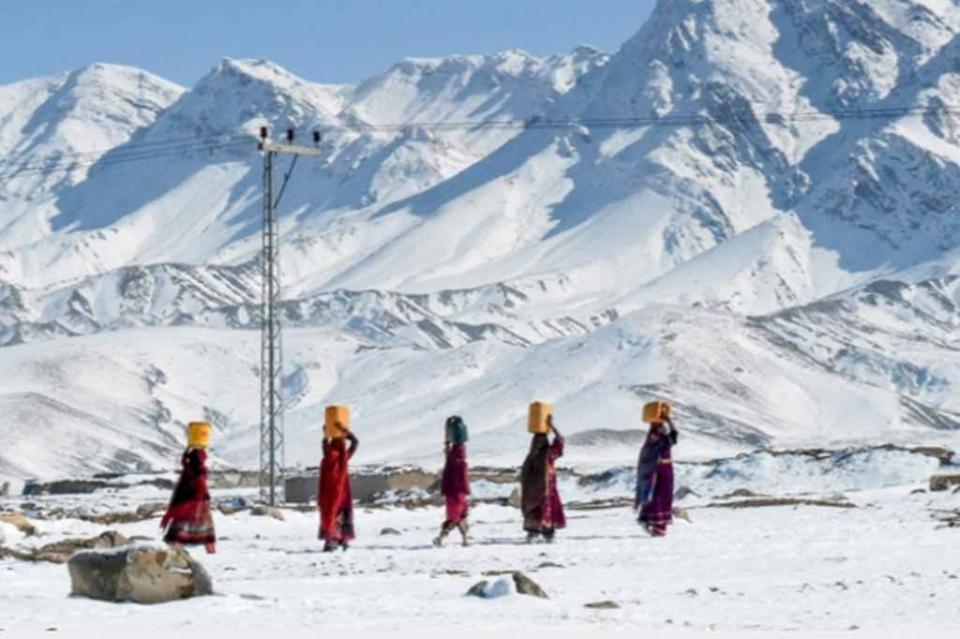 Mas de 110 muertos a causa del crudo clima invernal en Pakistán y Afganistán