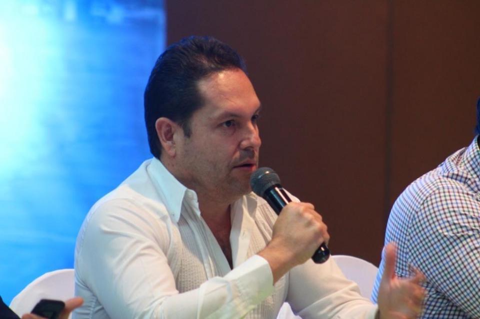Capacitación empresarial, herramienta de fortalecimiento económico: Luis Araiza