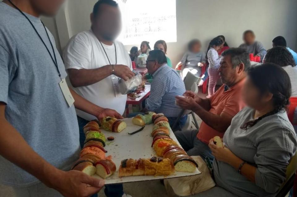 Festejan en penal de La Paz con Pastorela yRosca de Reyes