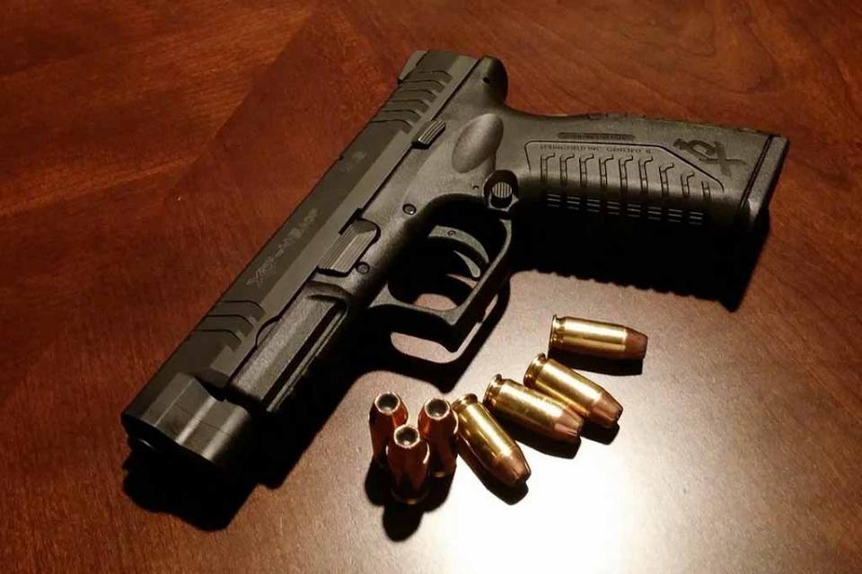 Ven necesario reforzar adunas para evitar tráfico de armas y contrabando