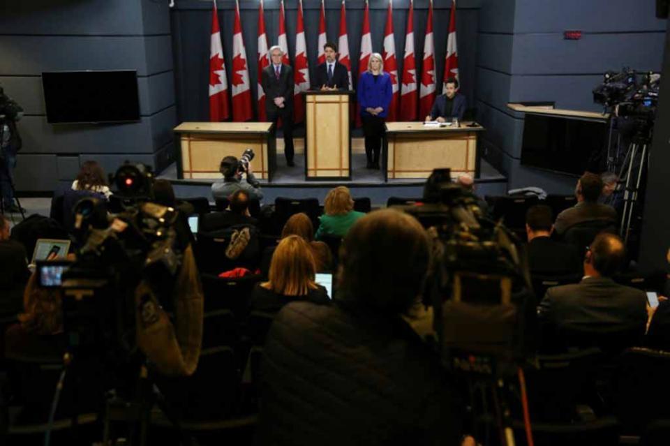 Trudeau pide a Irán que envíe a Francia las cajas negras del avión abatido