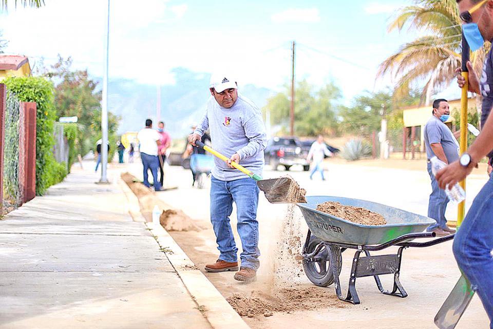 Llevan a cabo programa  de limpieza  en Miraflores