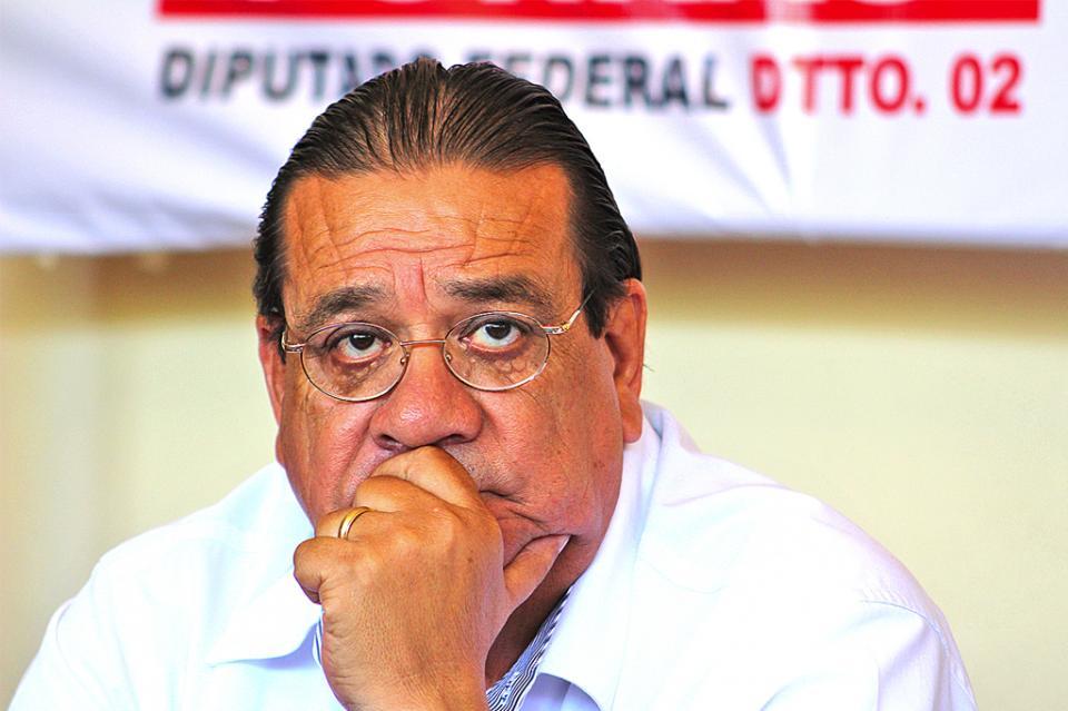 Quien cobre cuotas de recuperación en instituciones públicas será sancionado o irá a la cárcel, afirmó diputado Alfredo Porras