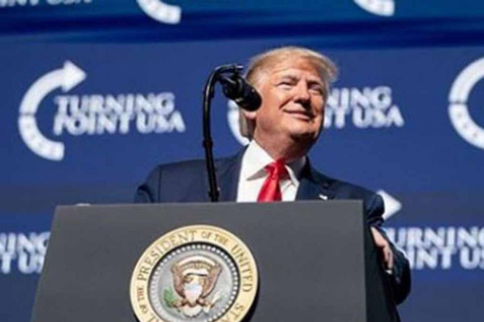 """Trump: """"El mundo fue golpeado por la plaga de China. Tratar con China es algo muy costoso"""""""