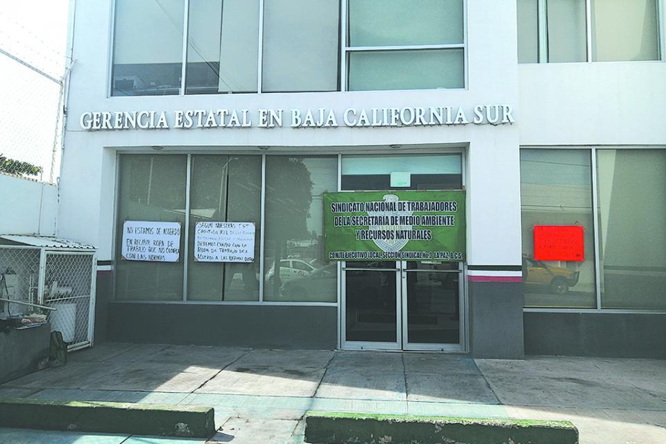 Reunión Gobierno del Estado y Ayuntamiento de La Paz para coordinar uso y disfrute del malecón