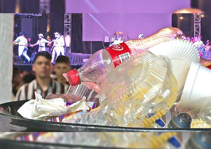 """Convocan a los Ayuntamientos a aplicar la Ley """"Desplastifícate"""" en fiestas tradicionales"""