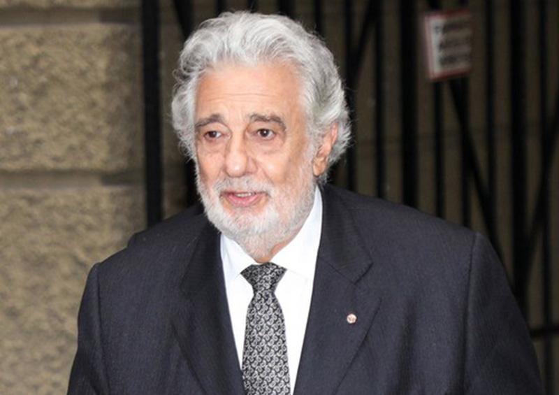 Plácido Domingo pide perdón por acosar sexualmente a más de 20 mujeres
