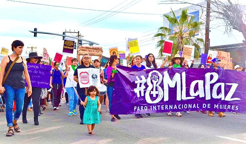 Mujeres de La Paz se suman a paro nacional