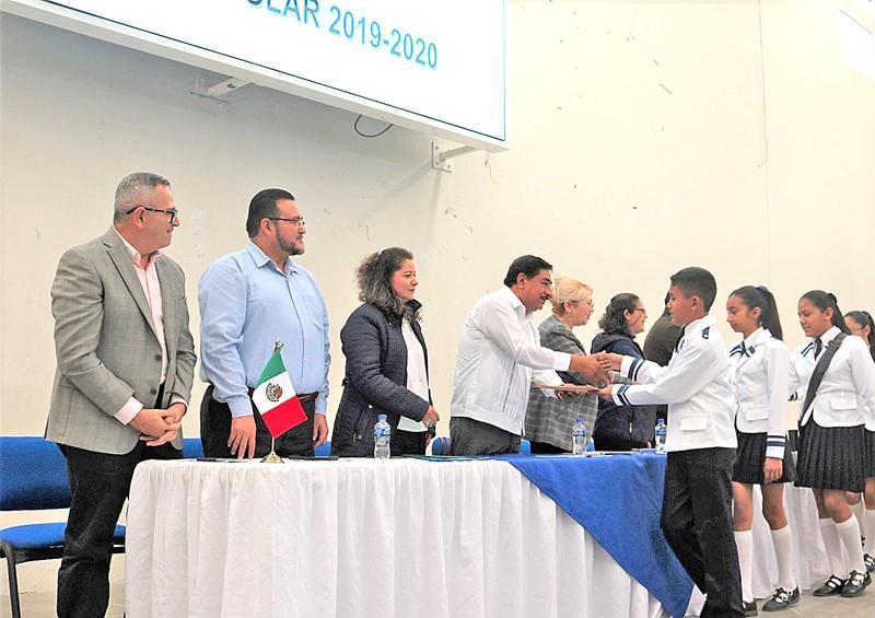 Realizan concurso de escoltas en La Paz