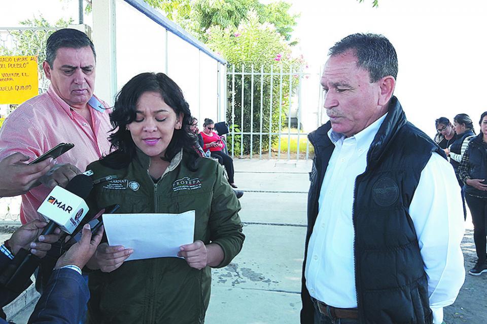 Sigue paro de labores en  Semarnat, acusan a Víctor Castro  de proteger a la encargada