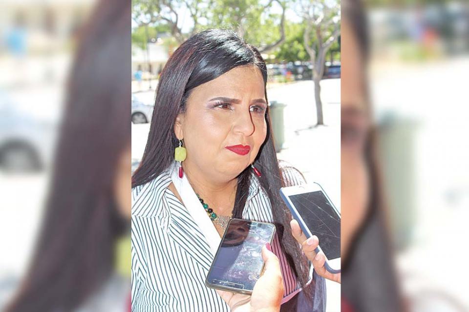 """""""Por motivos personales dejó su cargo titular estatal de Conagua en BCS"""": Armida Castro"""