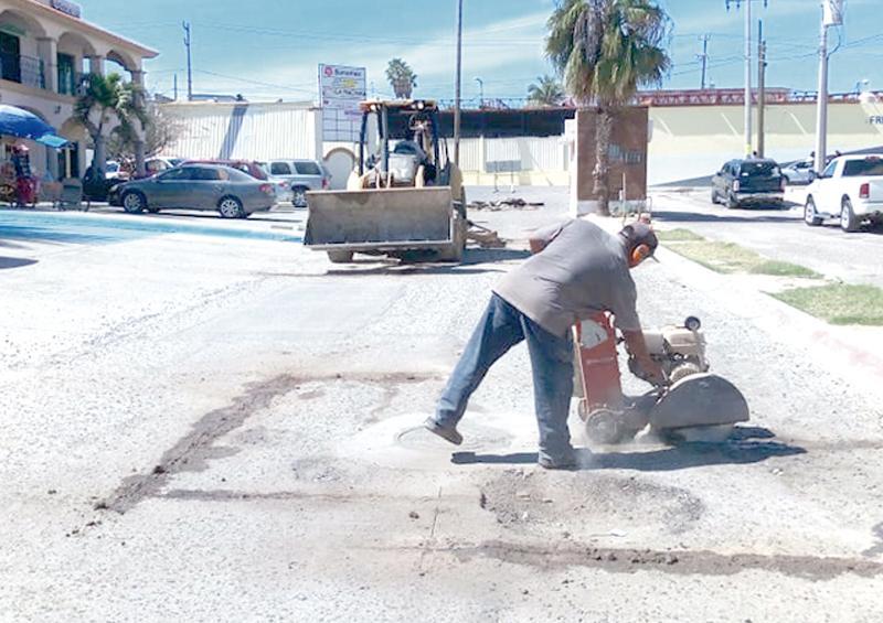 Aplican recurso de 12.4 mdp para bacheo en Los Cabos