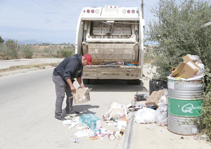 Fortalecen recolección de basura en Los Cabos: director  Roberto Sandoval Montaño