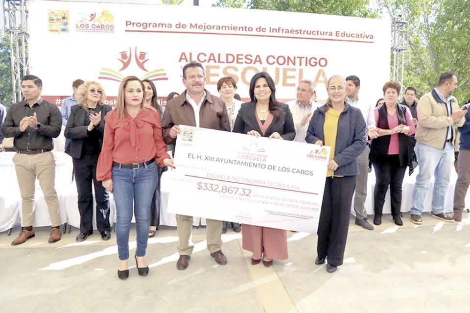 """Realizan programa """"Alcaldesa Contigo y en Tu Escuela""""  en la Secundaria Técnica 14"""
