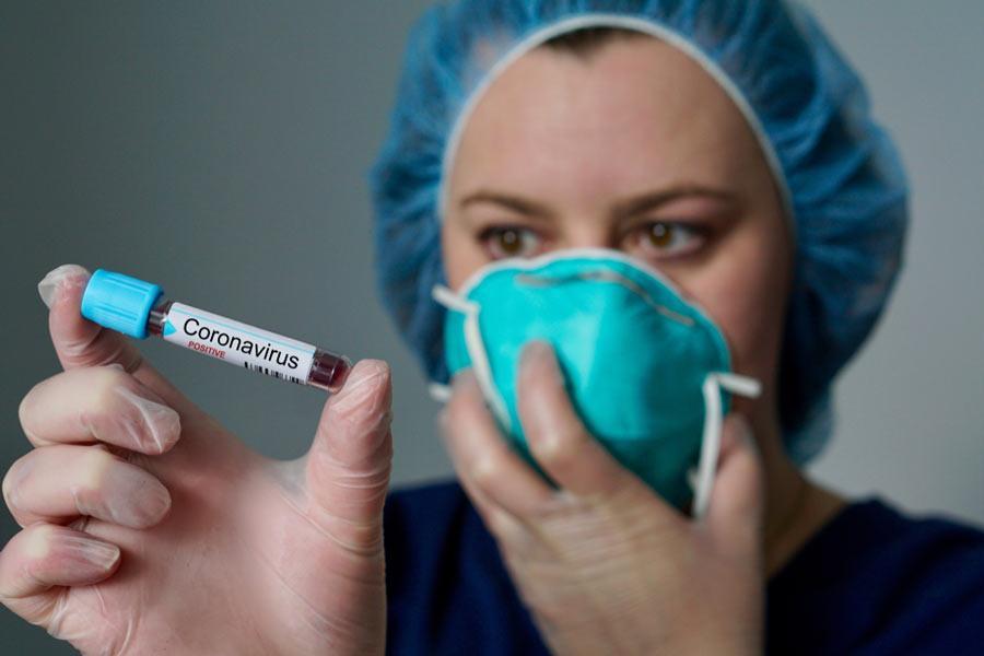 Francia confirma la primera muerte por COVID-19 en Europa