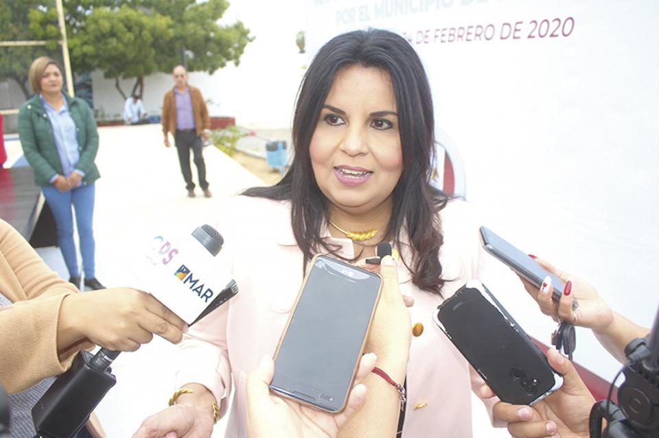 """""""Los Cabos un destino que no requiere de puentes  vacacionales por su nivel"""": Armida Castro"""