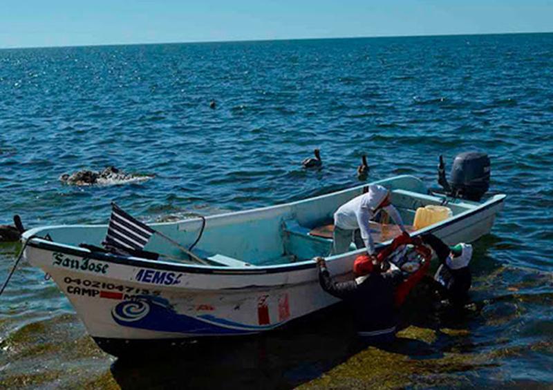 Localizan a cuatro de los seis pescadores extraviados en mar de Oaxaca