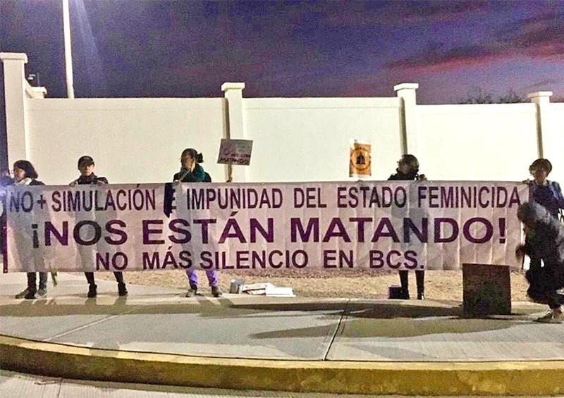Jornada de manifestaciones en La Paz tras la visita de AMLO a BCS