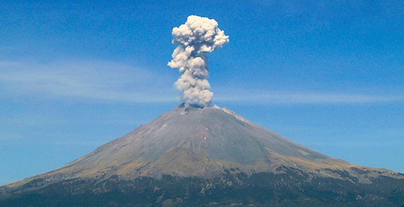 Emite el Popocatépetl 177 exhalaciones en las últimas 24 horas