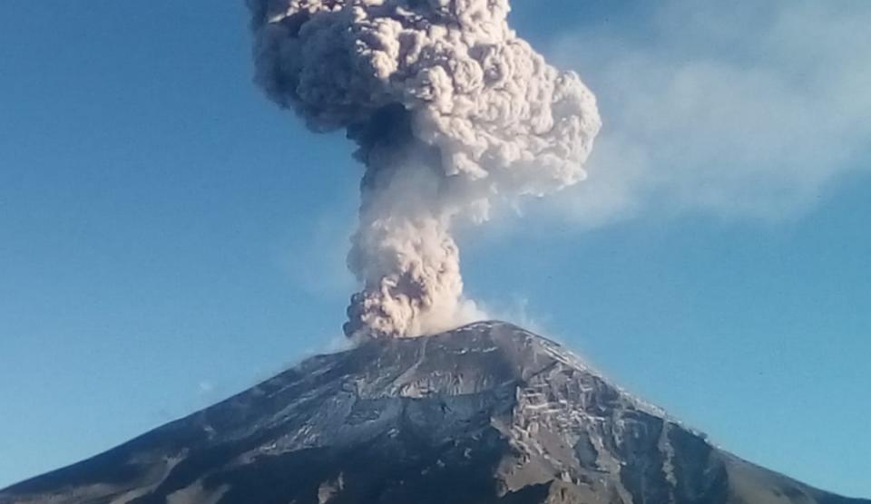Emite el Popocatépetl 85 exhalaciones en últimas 24 horas