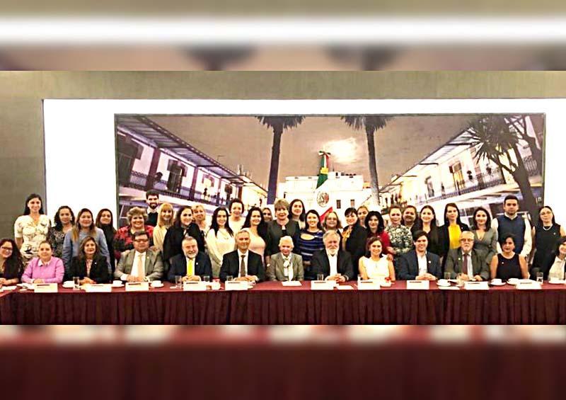Presente BCS en reunión nacional de atención a niñas, niños y adolescentes