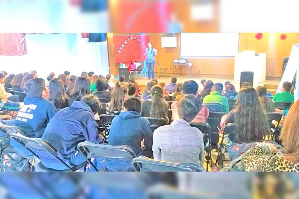 Llevan pláticas preventivas a alumnos de nivel secundaria