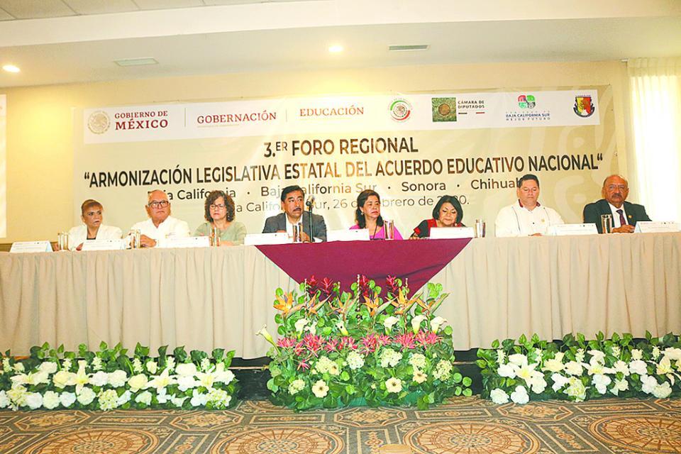 Limitadas nuevas reformas educativas; se debe regionalizar las necesidades de los estados: SEP BCS