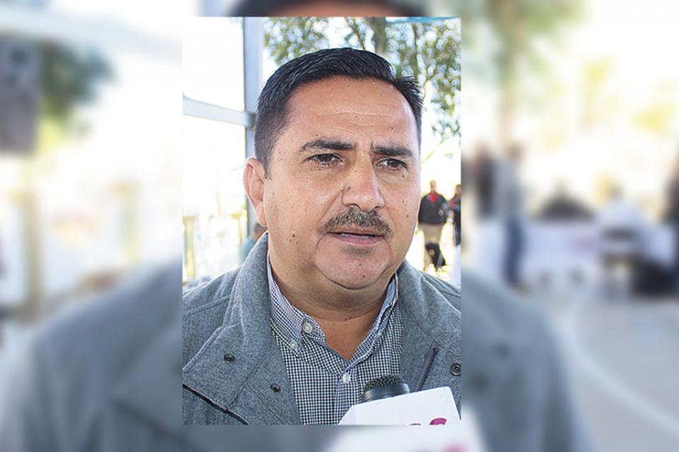 """""""Entre 14 a 15  infracciones por  día en Los Cabos por servicio de   transporte sin  concesión"""":  Jorge López"""