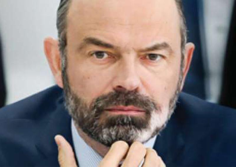 "Médicos de Francia demandan a su primer ministro por ""mentira gubernamental"
