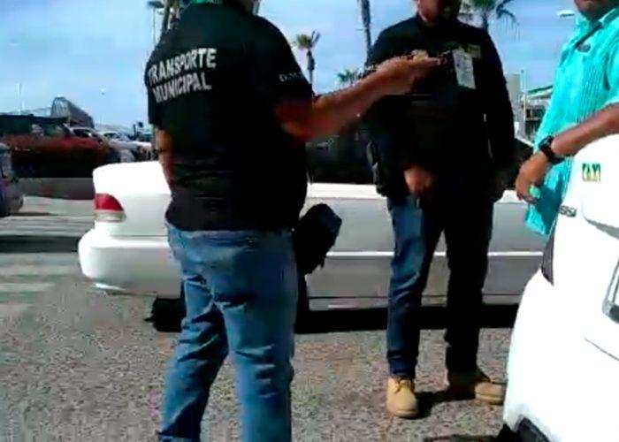 Raiteros señalan cacería por parte de inspectores de tránsito en Los Cabos