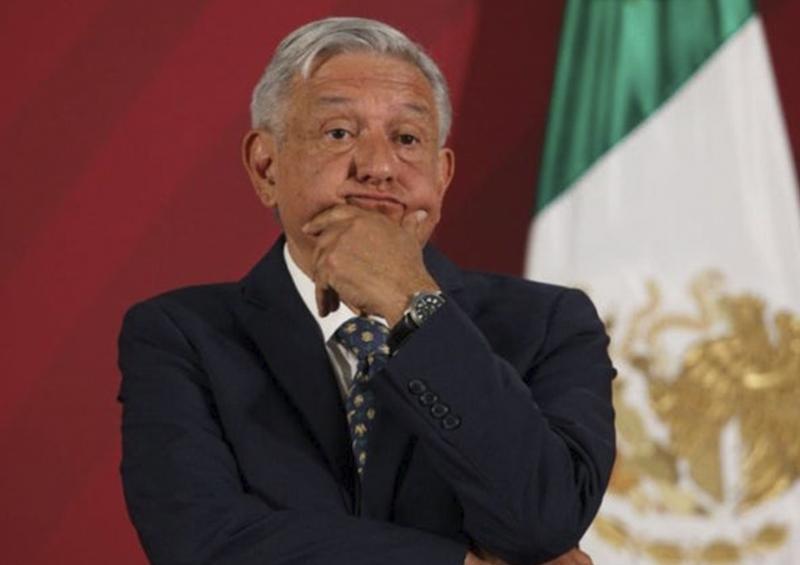 'AMLO besucón', el filtro viral que invade Facebook en México