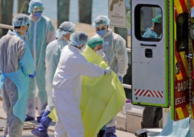 España impulsa contratación urgente de médicos extranjeros para enfrentar a COVID-19