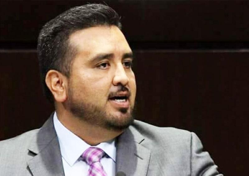 Liberan a dos investigados por asesinato de diputado en Michoacán