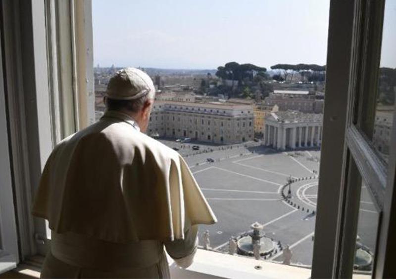 Papa orará ante plaza vacía de San Pedro por pandemia