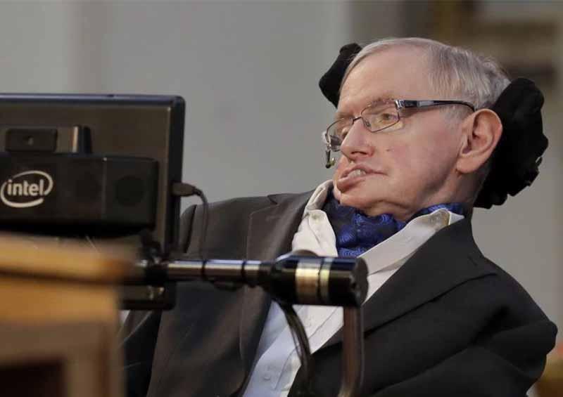 Stephen Hawking ¿predijo el coronavirus?