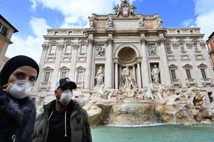 Italia registra 107 decesos por coronavirus