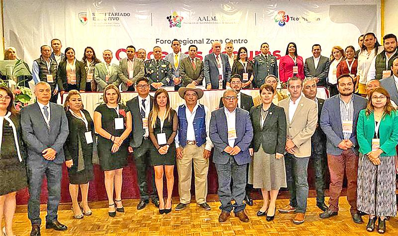 """Participa Alcaldesa en Foro Regional """"Ciudades Seguras"""" en Teotihuacán"""
