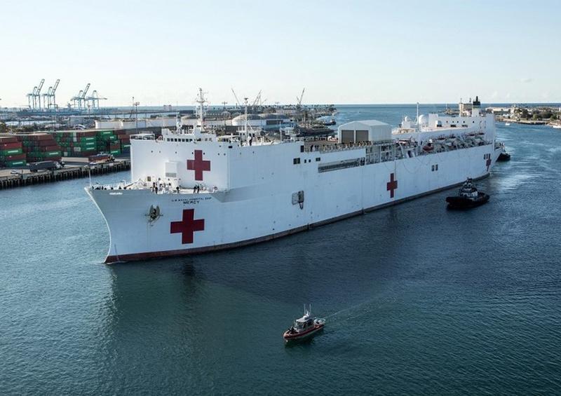 El gobernador de Nueva York agradece llegada de buque hospital para atender COVID-19
