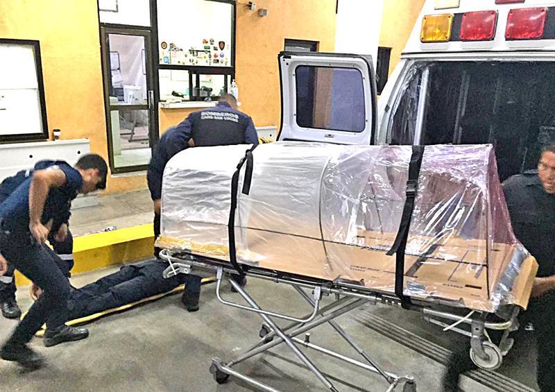 Crean en Cabo San Lucas cápsula para transportación de pacientes con Covid-19