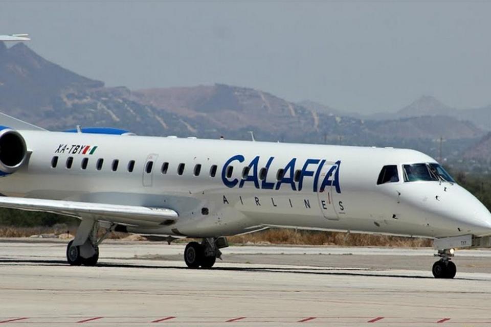 Desvían avión a La Paz por una falla en pleno vuelo