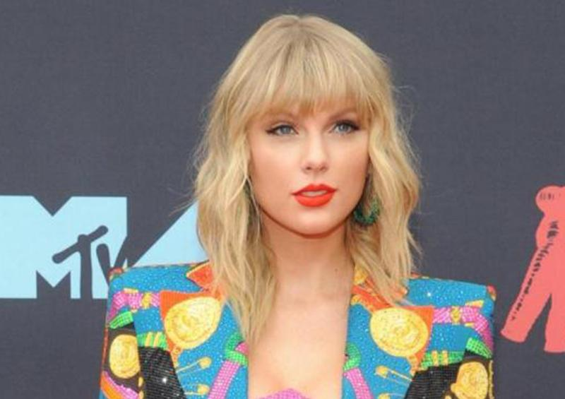 Taylor Swift dona un millón de dólares tras tornados en Tennessee