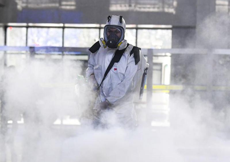 """Pandemia de COVID-19 cumple tres meses sin ver aún """"el final del túnel"""""""