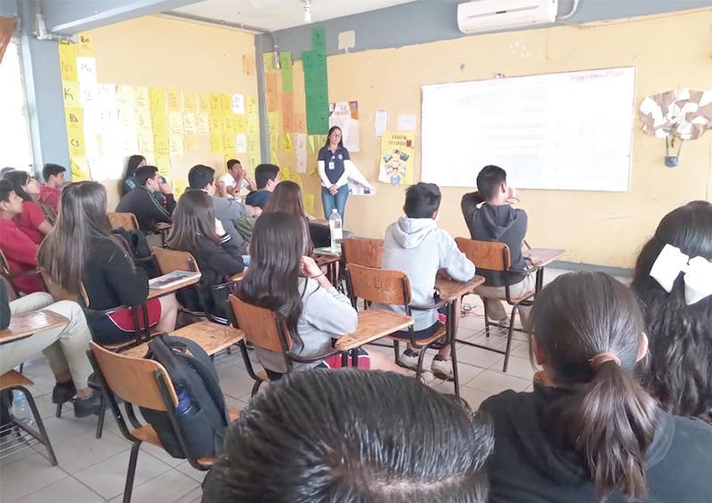Establece Policía de Los Cabos comunicación directa con  escuelas: Zamorano Martínez
