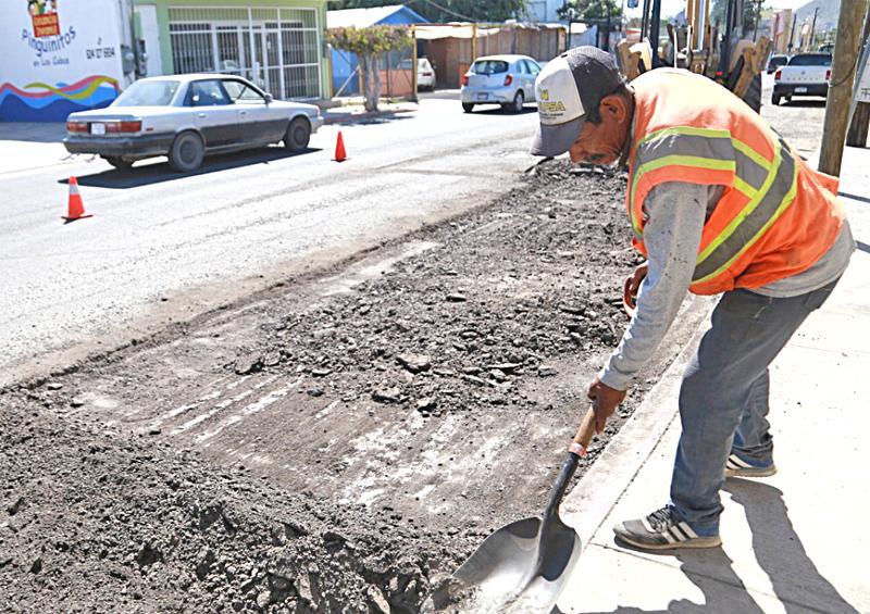Mejora seguridad vial con rehabilitación de la calle Leona Vicario en CSL