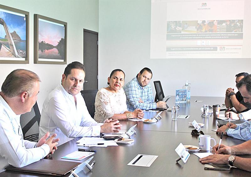 Gobierno y empresarios trabajaremos para mantener la estabilidad laboral ante Covid-19: Luis Araiza