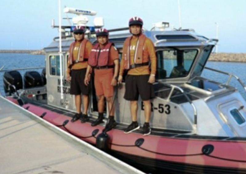 Rescata Semar a tres personas extraviadas en la costa de Baja California