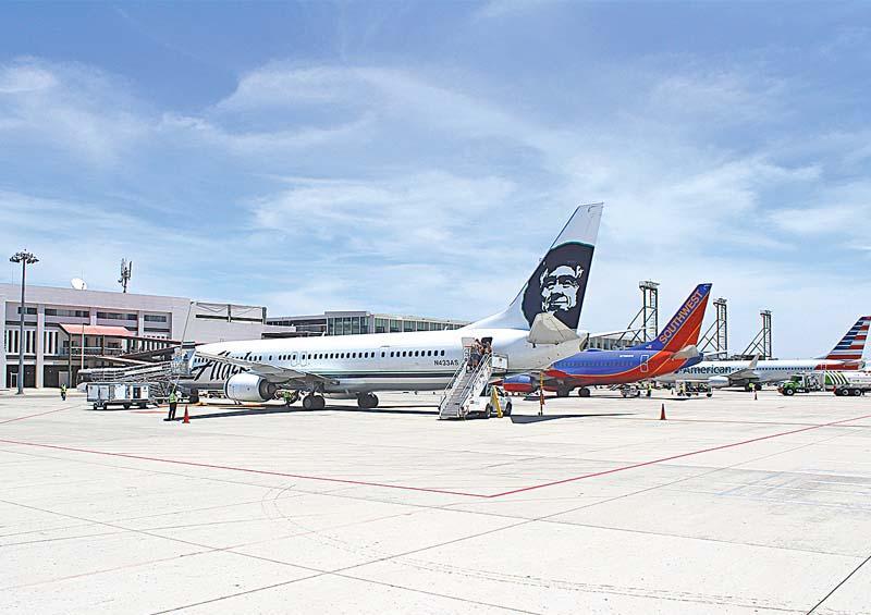 Hasta el momento Los Cabos sin registrar cancelaciones de vuelos nacionales por pandemia de coronavirus
