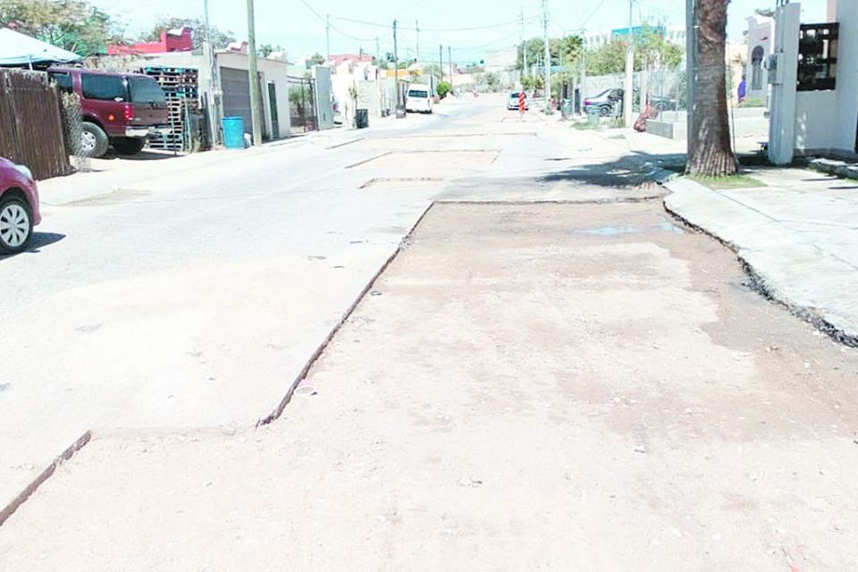 Mejoran vialidades de la colonia Viva Las Veredas en SJC